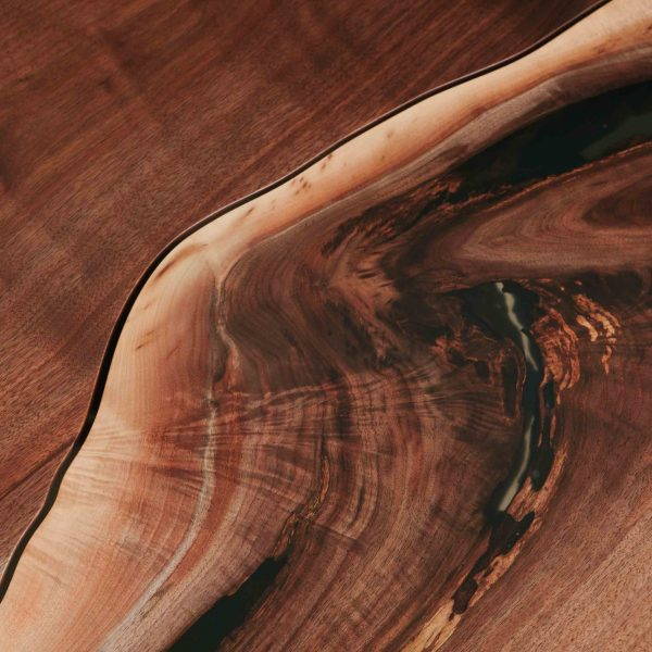 Live edge walnut matte finish detail