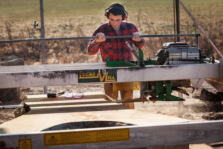 Lucas sawmill slab cutting Elko Hardwoods